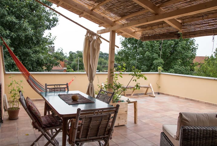 Peaceful with big terrace in nature - Rivarossa, Torino - Villa