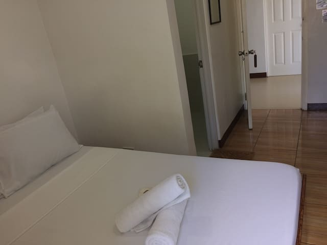 Double Room with Breakfast & Private Bath 2