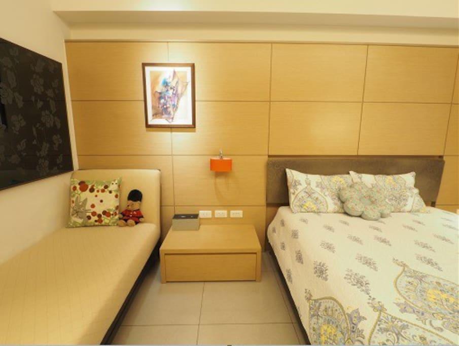 雙人床+ 單人床