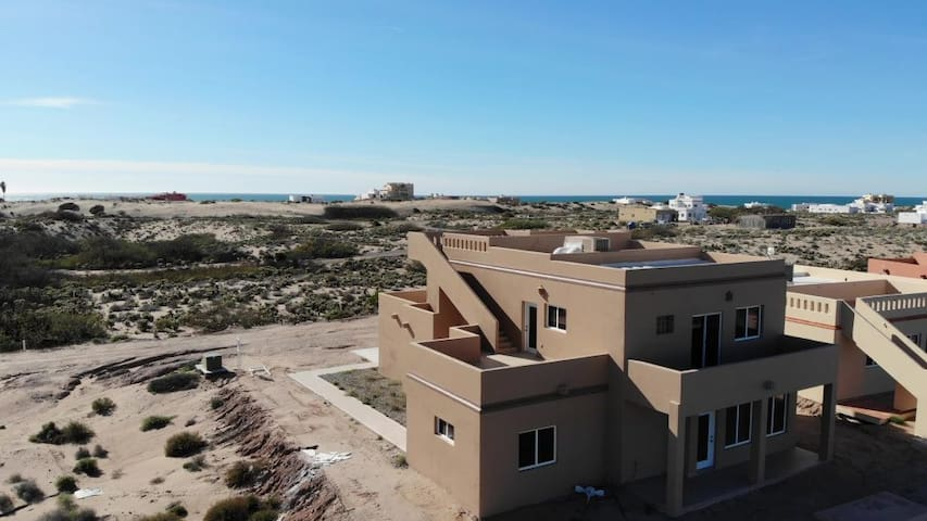 Amazing Desert and Ocean Views - 3 Bed / 3 Bath