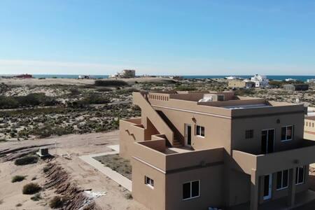 Amazing Desert and Ocean Views - 3 Bed / 3 Bath