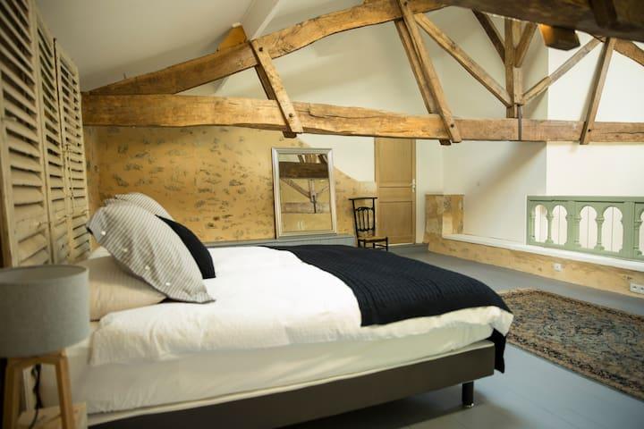 Le clos des abeilles Chambres d'hôtes Cheval Blanc - Ruch - Guesthouse