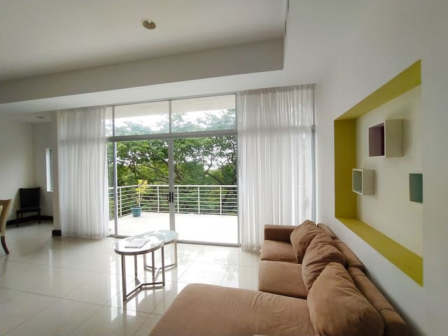 Modern 2BR w/Amazing Balcony 1 Block to the Beach