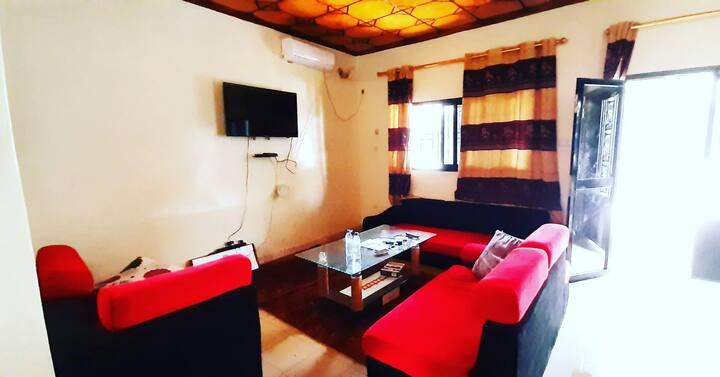 Appartement bien rénové Nongo Stade Conakry