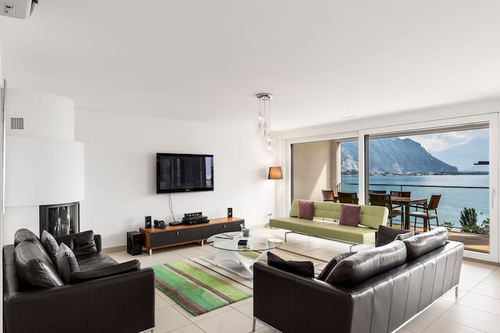 Luxury Apartment Montreux Center&Lake by GuestLee