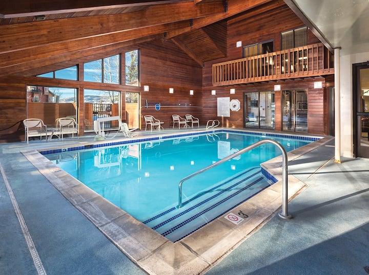 Near Natural Hot Springs ★ 2 Bedroom Condo