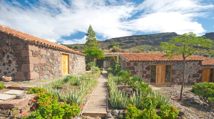 "Eco-Cottage ""The Moon of Santa Lucía"""