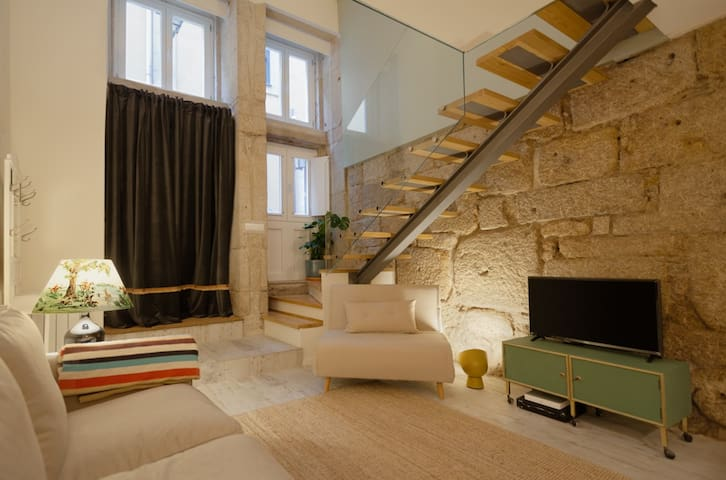 Sucá Apartments - in the heart of Porto (Apt4)
