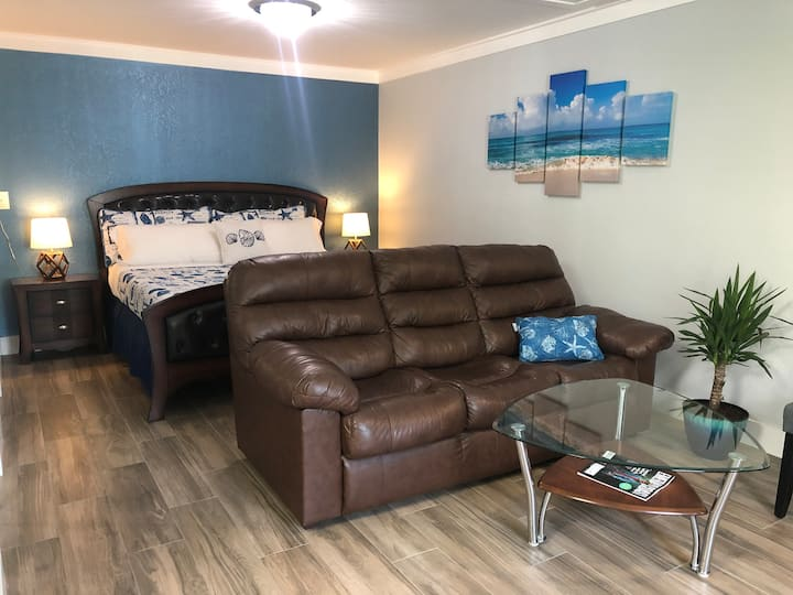 Newly Renovated Studio in the heart of Destin