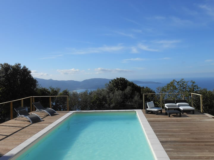 Villa - heated pool - panoramic sea view – 8 pers