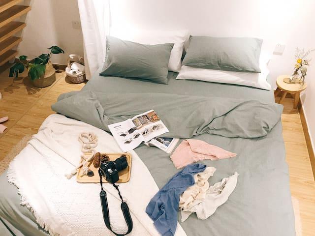 臥室a 大床1.8mX2m