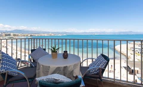Front de mer, terrasse panoramique et parking