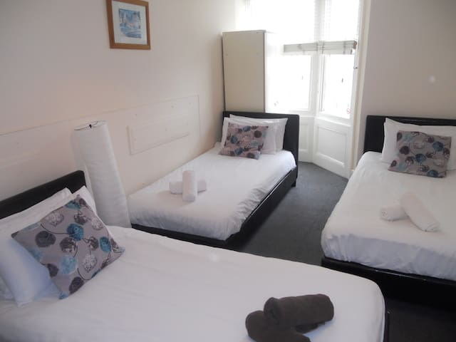 Triple Room, shared facilities 5