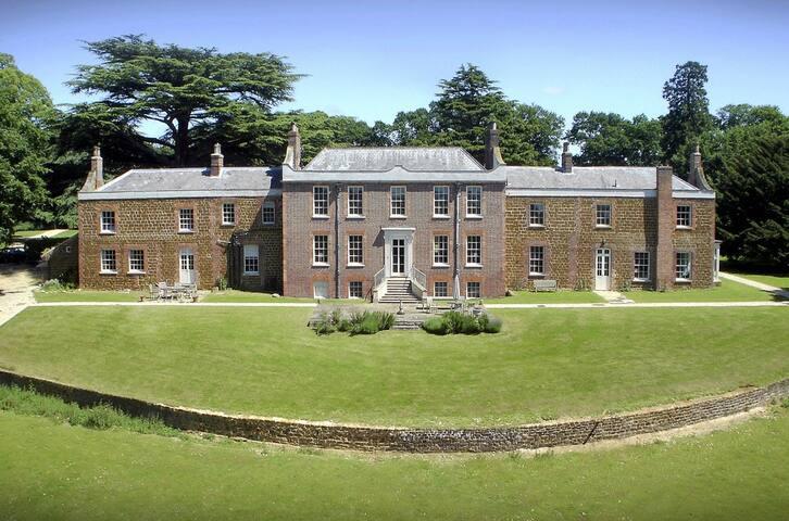 Inglethorpe Hall