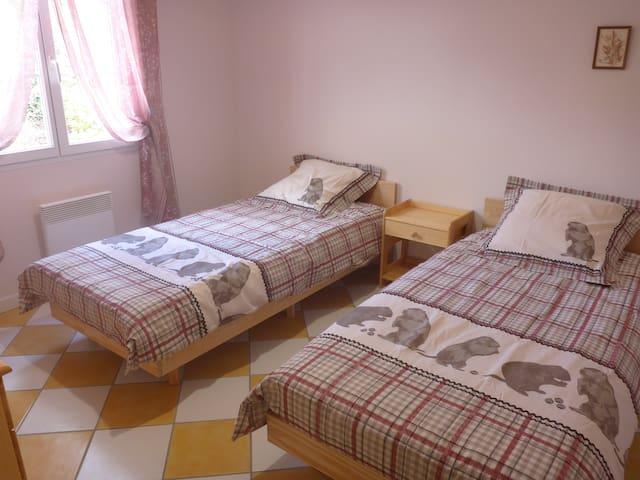 chambre 2 - configuration 2 lits simples