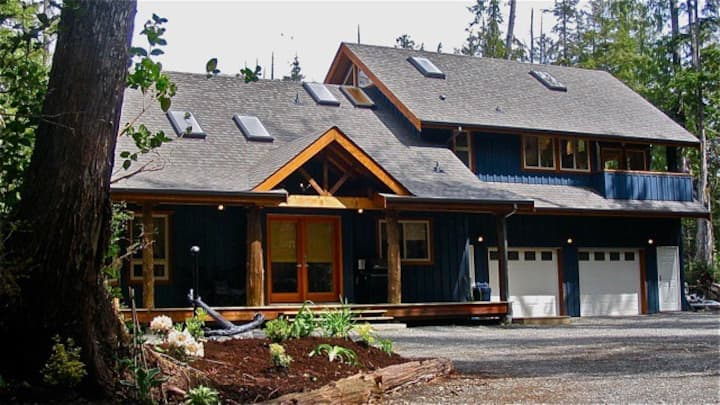 Tranquil Accommodations Tofino