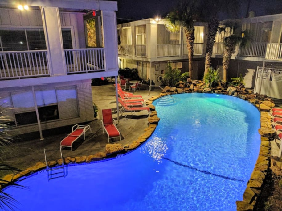 Hang out by the pool! This space is available for all of the visitors.