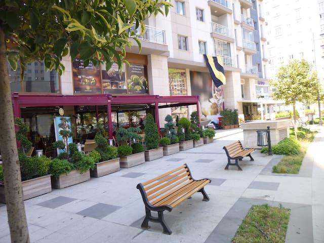 AKBATI MALL- AKKOZA (3 BEDROOMS) - Esenyurt - Apartemen