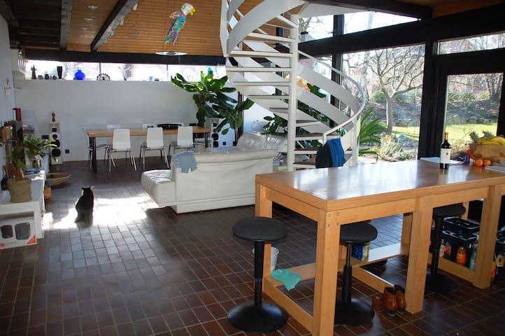 Modern, groß und hell - Laboe - House