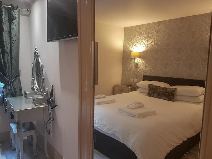 1 Bedroom Apartment Nine