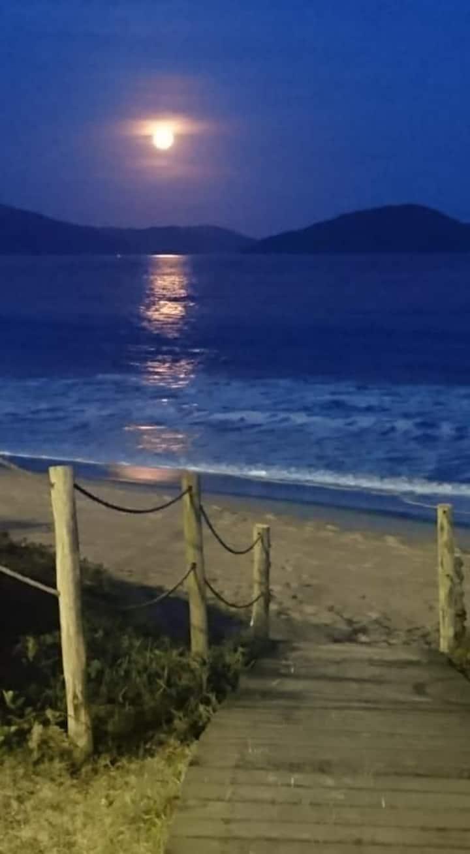 Caraguatatuba-SP Casa 300 mts da praia