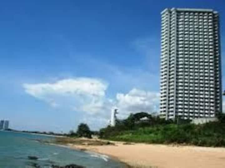 VIP Condo Pattaya private beach