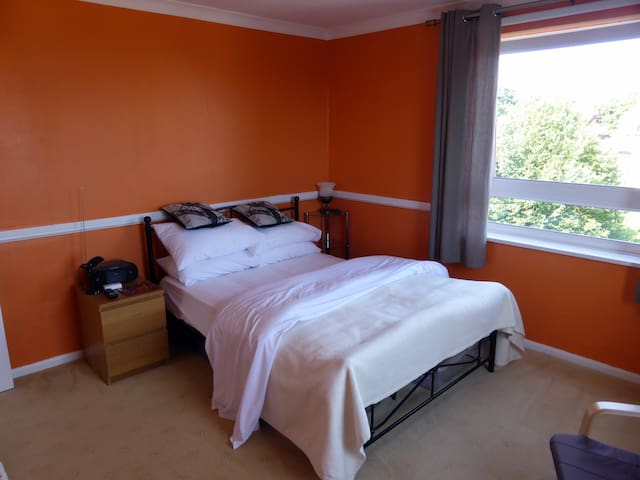 Double room in Eastbourne - Eastbourne - Departamento