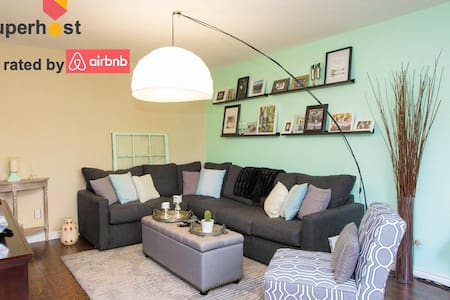 ⭐️Friendly~Downtown⭐️ - Edmonton - Apartment