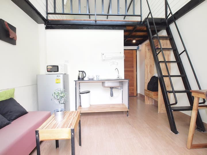 Cozy Loft by Temple near to Silom/Sathon