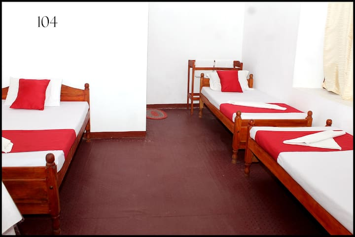 Opulent Room in Jaffna  for 4 pax