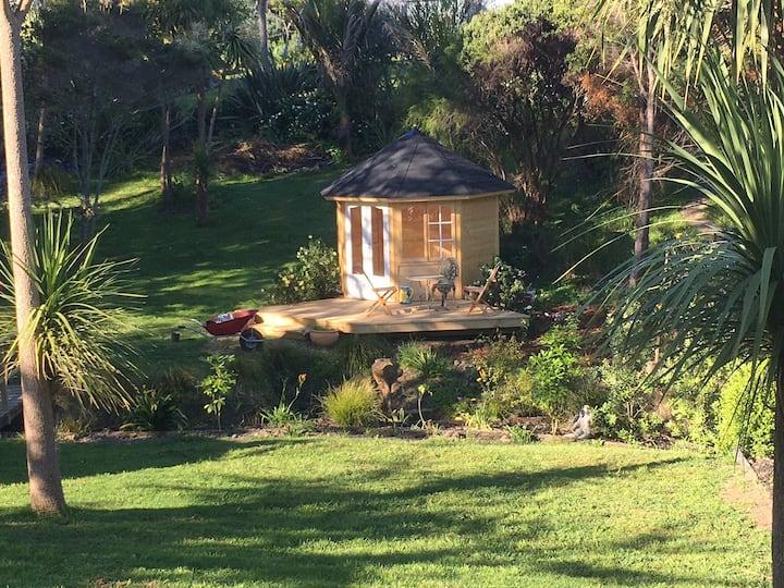 La Casa, Waiheke - a relaxing space.