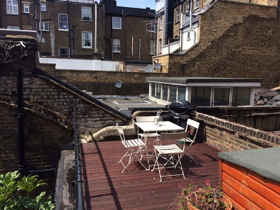 Private terrace with gas barbeque