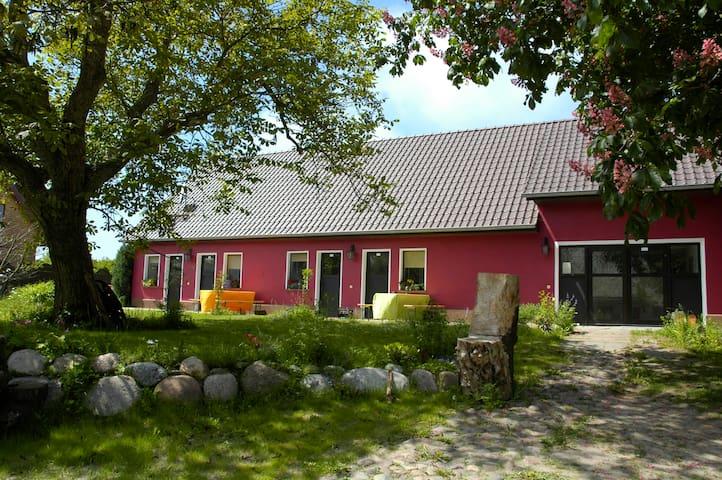Kojenhus 2er Koje - Middelhagen - ที่พักพร้อมอาหารเช้า