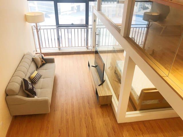 """【轻奢生活 品质升级】红谷滩CBD中心地铁口""""星河汇""""复式Loft公寓"""
