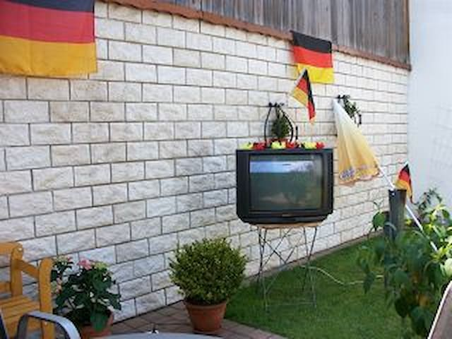 Ferienwohnung Holiday - Gelsenkirchen - Appartement
