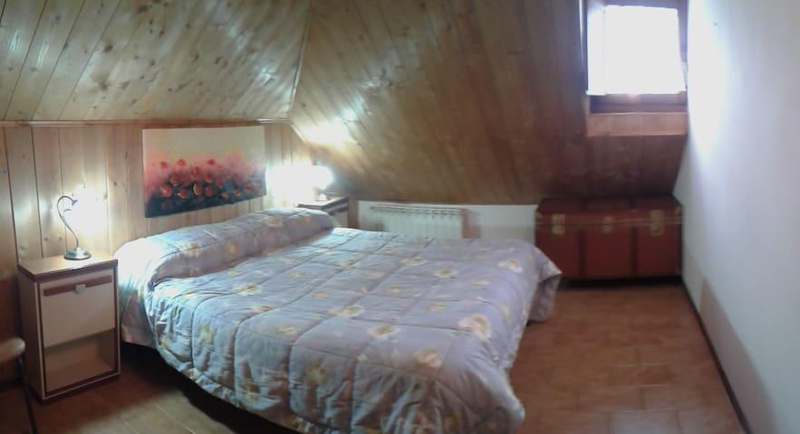 Grazioso appartamento 4 stagioni all'Amiata - Castel del Piano - Wohnung