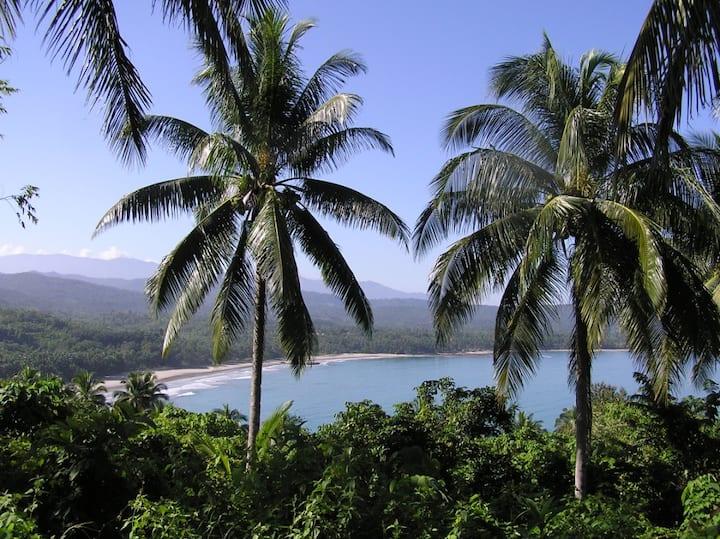 Amazing Villa w private Beach&Staff
