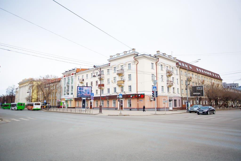 Наш отель находится в данном здании, 4 и 5 этаж