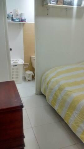 Habitación crespo cama doble