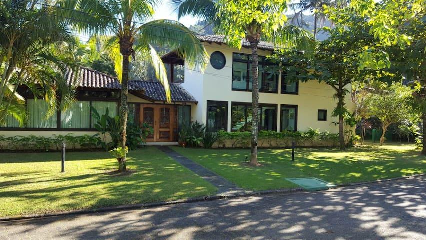 Casa de praia em Toque-Toque Pequeno-São Sebastião