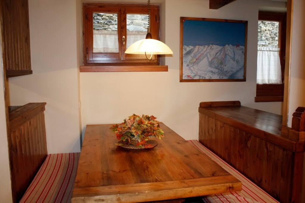 Zona de comedor. Casa en Mont.