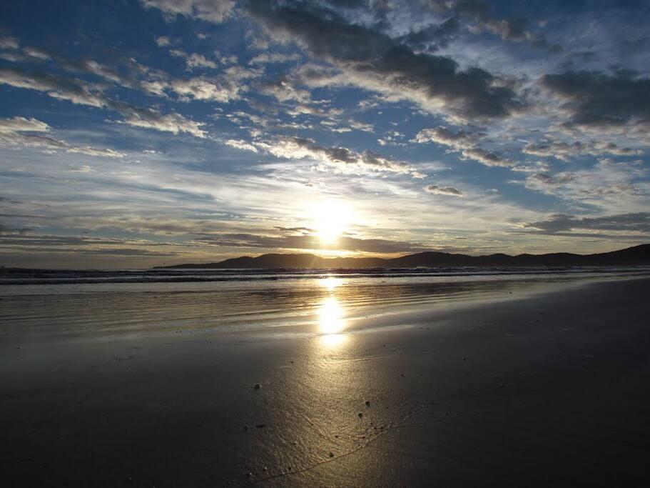 Sunrise in Meia Praia SC!!
