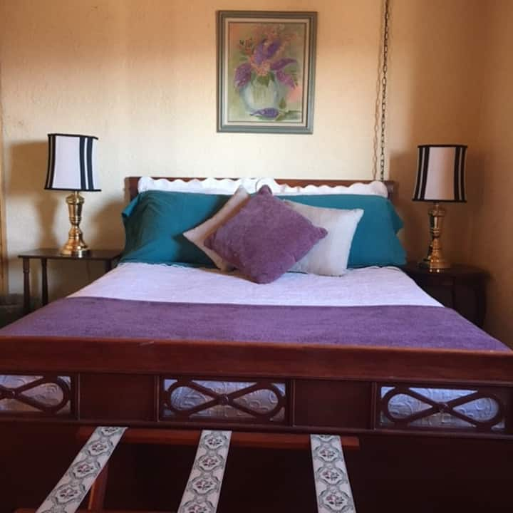 Corrales Suite Lodging - Cozy bedroom-great views