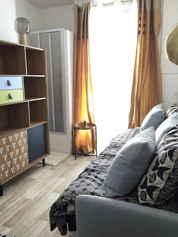 Studio Gobelins - Designer room like 5stars hotel