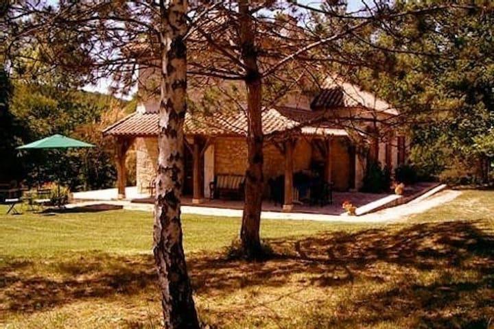 Maison de Caractère à Canhac Quercy