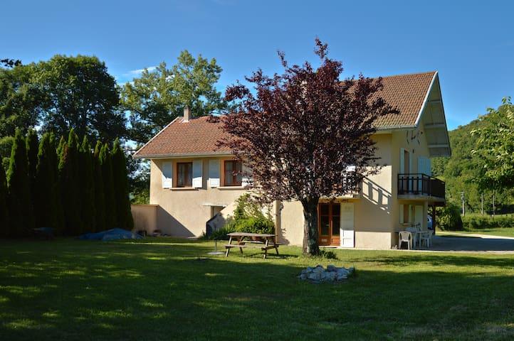 Maison à la campagne - Saint-Pierre-de-Curtille