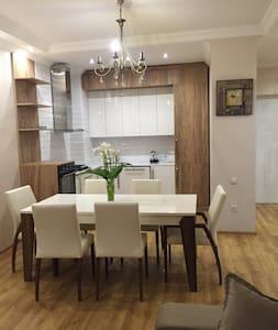 Сдается красивая и уютная квартира в центре Батуми