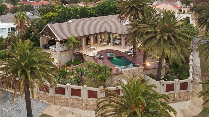 Island Way Villa - Full Villa Rental