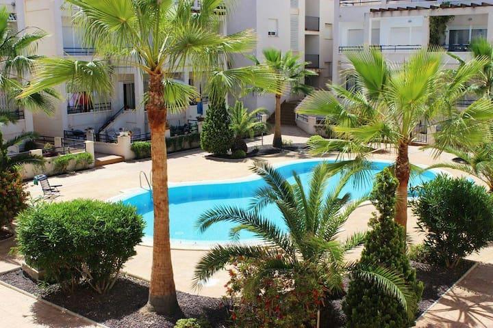 Отличные апартаменты в 3 минутах от моря. WIFI - Torrevieja - Departamento
