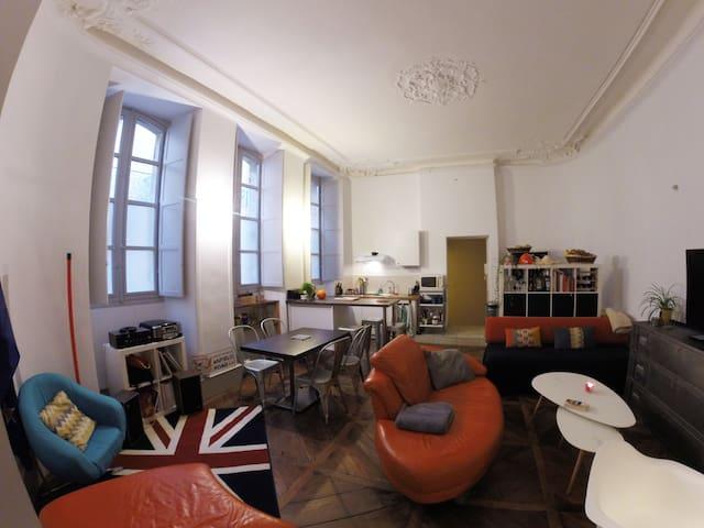 Appartement atypique et plein de charmes